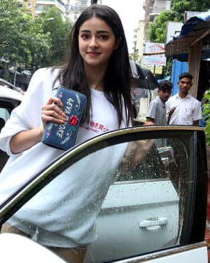 Ananya Panday - Photos: Celebs Spotted at Bandra | Picture 1660712