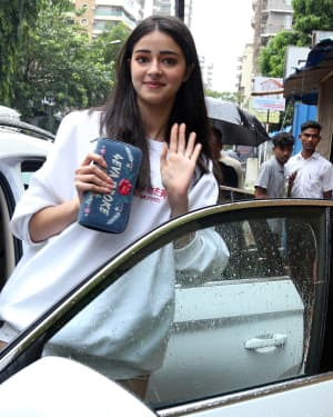 Ananya Panday - Photos: Celebs Spotted at Bandra | Picture 1660715