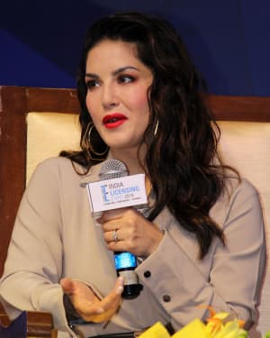 Photos: Sunny Leone Unveils Her Fashion Brand At India Licensing Expo | Picture 1661584