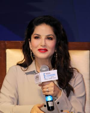 Photos: Sunny Leone Unveils Her Fashion Brand At India Licensing Expo | Picture 1661585