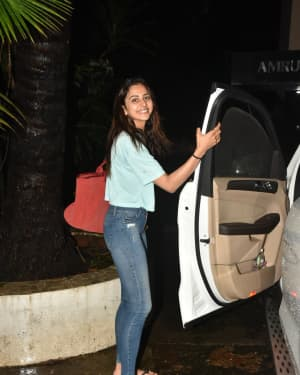 Photos: Celebs Spotted At Khar