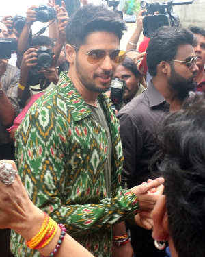 Sidharth Malhotra - Photos: The Song Launch Of Up Hile Zilla Hile From Film Jabariya Jodi | Picture 1662861