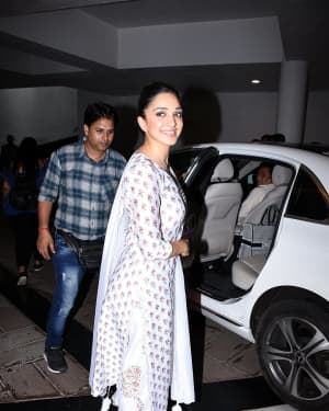 Photos: Kiara Advani Snapped At Manish Malhotra's House