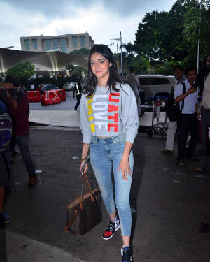 Ananya Pandey - Photos: Celebs Spotted At Airport | Picture 1668728