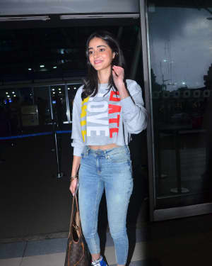 Ananya Pandey - Photos: Celebs Spotted At Airport | Picture 1668729