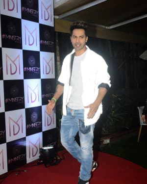 Varun Dhawan - Photos: Wrap Up Party Of Film Street Dancer At Andheri | Picture 1670920