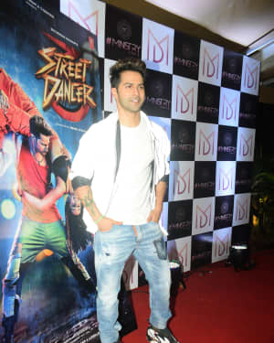 Varun Dhawan - Photos: Wrap Up Party Of Film Street Dancer At Andheri | Picture 1670908