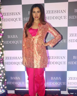 Sonnalli Seygall - Photos: Baba Siddiqui Iftar Party At Taj Lands End Add Files