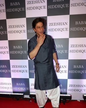 Shahrukh Khan - Photos: Baba Siddiqui Iftar Party At Taj Lands End Add Files