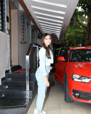 Tara Sutaria - Photos: Celebs Spotted At Matrix Office In Bandra | Picture 1653231