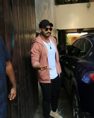 Arjun Kapoor - Photos: Sonam Kapoor's Birthday Party At Anil Kapoor's House | Picture 1653189