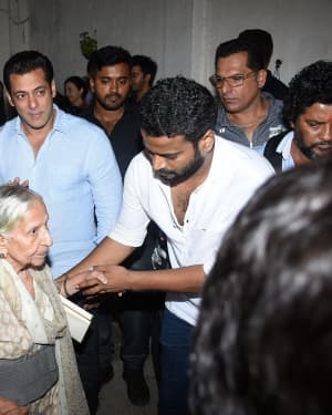 Photos: Special Screening Of Film Bharat For Families Separated During 1947 | 1653838