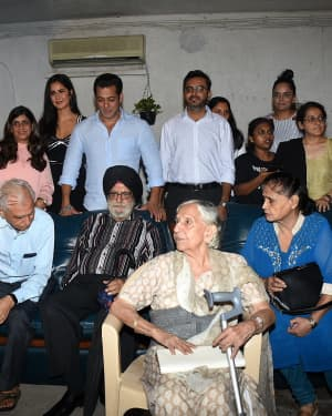 Photos: Special Screening Of Film Bharat For Families Separated During 1947 | 1653835