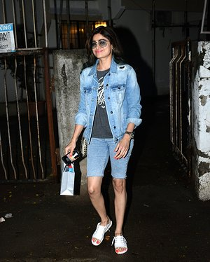 Shamita Shetty - Photos: Celebs Spotted At Kromakay Salon In Juhu | Picture 1655301