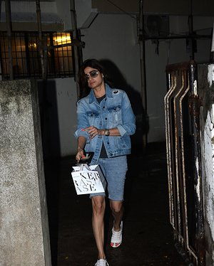 Shamita Shetty - Photos: Celebs Spotted At Kromakay Salon In Juhu | Picture 1655299