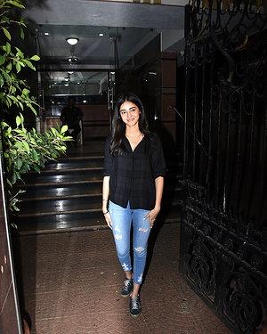 Ananya Pandey - Photos: Celebs Spotted at Bandra | Picture 1654985