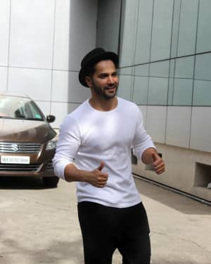 Varun Dhawan - Photos: Celebs Spotted at Andheri