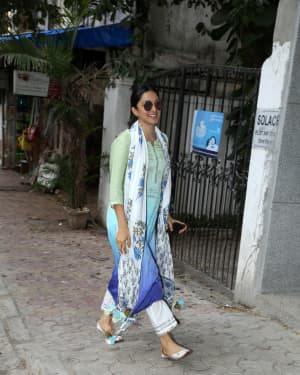 Kiara Advani - Photos: Celebs Spotted at Bandra | Picture 1656150