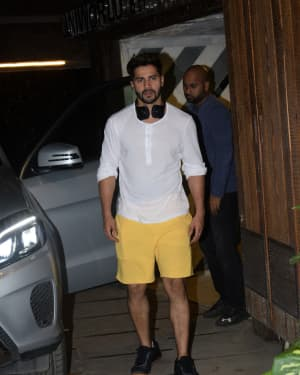 Varun Dhawan - Photos: Celebs Spotted at Gym | Picture 1657360
