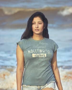 Sooryavanshi Actress Niharica Raizada Hot And Beautiful Photoshoot   Picture 1657366