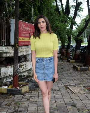 Karishma Tanna - Photos: Celebs Spotted At Kromakay Salon In Juhu | Picture 1658546