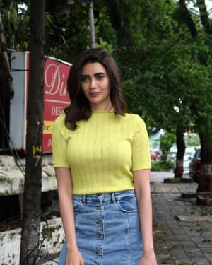 Karishma Tanna - Photos: Celebs Spotted At Kromakay Salon In Juhu | Picture 1658548