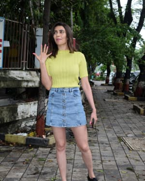 Karishma Tanna - Photos: Celebs Spotted At Kromakay Salon In Juhu | Picture 1658545