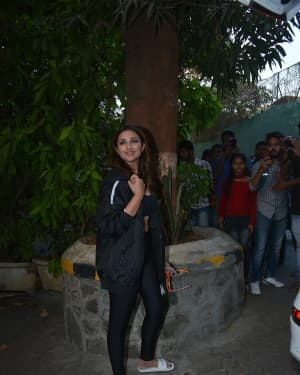Photos: Parineeti Chopra Spotted at Bandra | Picture 1632729