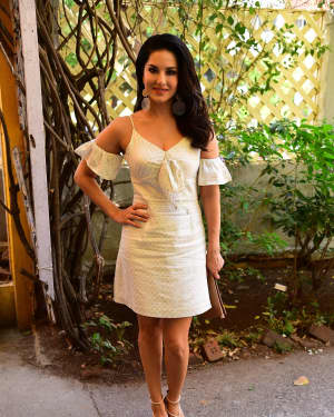 Photos: Sunny Leone At A Seminar For Parents And Professionals