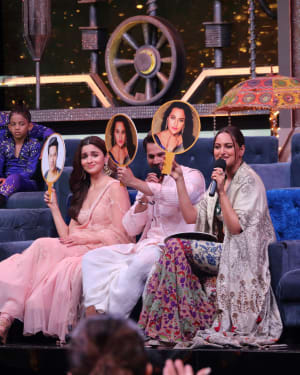 Photos: Promotion Of Film Kalank on the sets of Super Dancers Chapter 3 | Picture 1638858