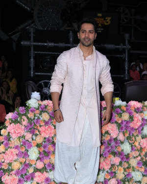 Varun Dhawan - Photos: Promotion Of Film Kalank on the sets of Super Dancers Chapter 3 | Picture 1638827