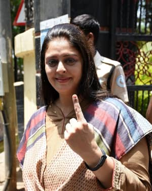 Nagma - Photos: Celebs Voting For 2019 Election
