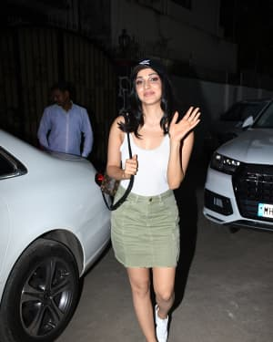 Photos: Kiara Advani Spotted at Avinash Govarikar's Studio
