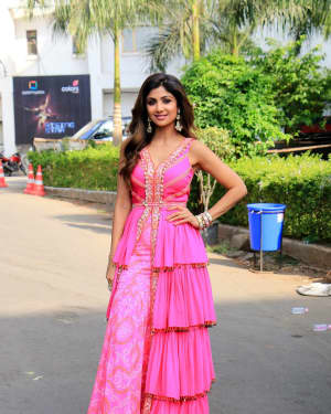 Shilpa Shetty - Photos: Promotion Of Student Of The year 2 on the sets of Super Dancer Chapter 3