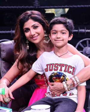 Photos: Promotion Of Student Of The year 2 on the sets of Super Dancer Chapter 3 | Picture 1645556