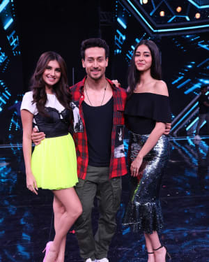 Photos: Promotion Of Student Of The year 2 on the sets of Super Dancer Chapter 3 | Picture 1645559