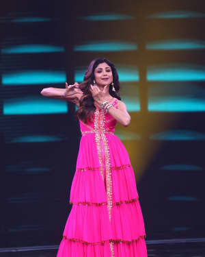 Shilpa Shetty - Photos: Promotion Of Student Of The year 2 on the sets of Super Dancer Chapter 3 | Picture 1645552