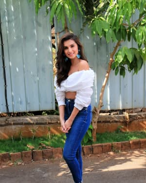 Tara Sutaria - Photos: Promotion Of Student Of The year 2 on the sets of Super Dancer Chapter 3 | Picture 1645538