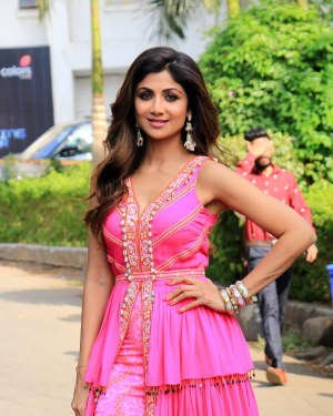 Shilpa Shetty - Photos: Promotion Of Student Of The year 2 on the sets of Super Dancer Chapter 3 | Picture 1645563