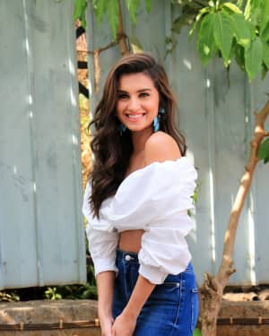 Tara Sutaria - Photos: Promotion Of Student Of The year 2 on the sets of Super Dancer Chapter 3 | Picture 1645539
