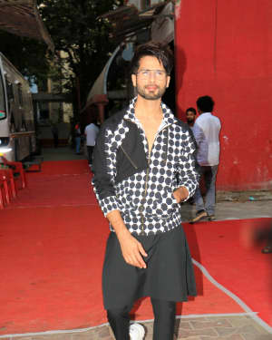 Shahid Kapoor - Photos: Celebs Shoot For Neha Dhupia's show Vogue with BFF | Picture 1646570