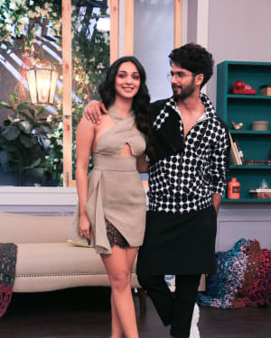 Photos: Celebs Shoot For Neha Dhupia's show Vogue with BFF | 1646577