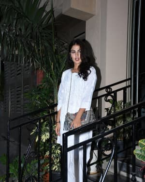 Photos: Rhea Chakraborty Spotted at Sushant Singh Rajput's House