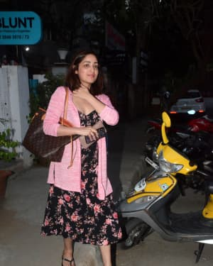 Photos: Yami Gautam spotted at Bblunt