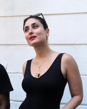 Photos: Kareena Kapoor at Rujuta Divekar's Office For Facebook live