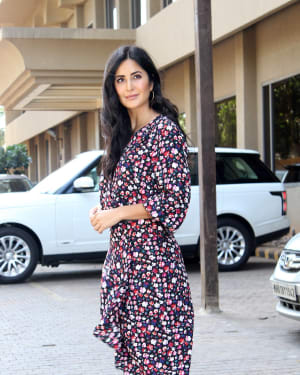 Photos: Katrina Kaif Snapped While Promoting Her Upcoming Film BHARAT at Juhu