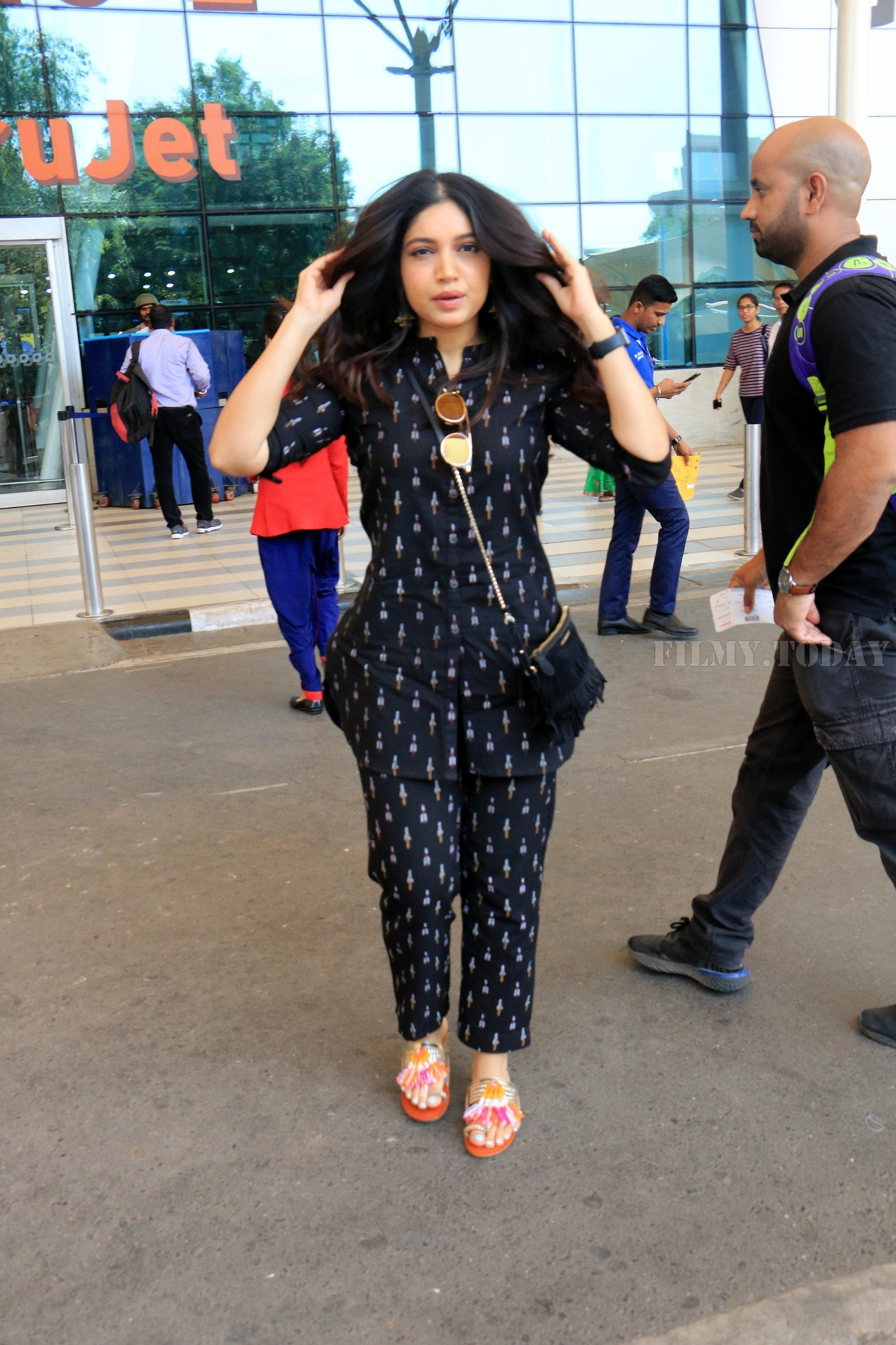 Bhumi Pednekar - Photos: Celebs Spotted At Airport   Picture 1649779