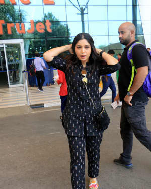 Bhumi Pednekar - Photos: Celebs Spotted At Airport | Picture 1649778