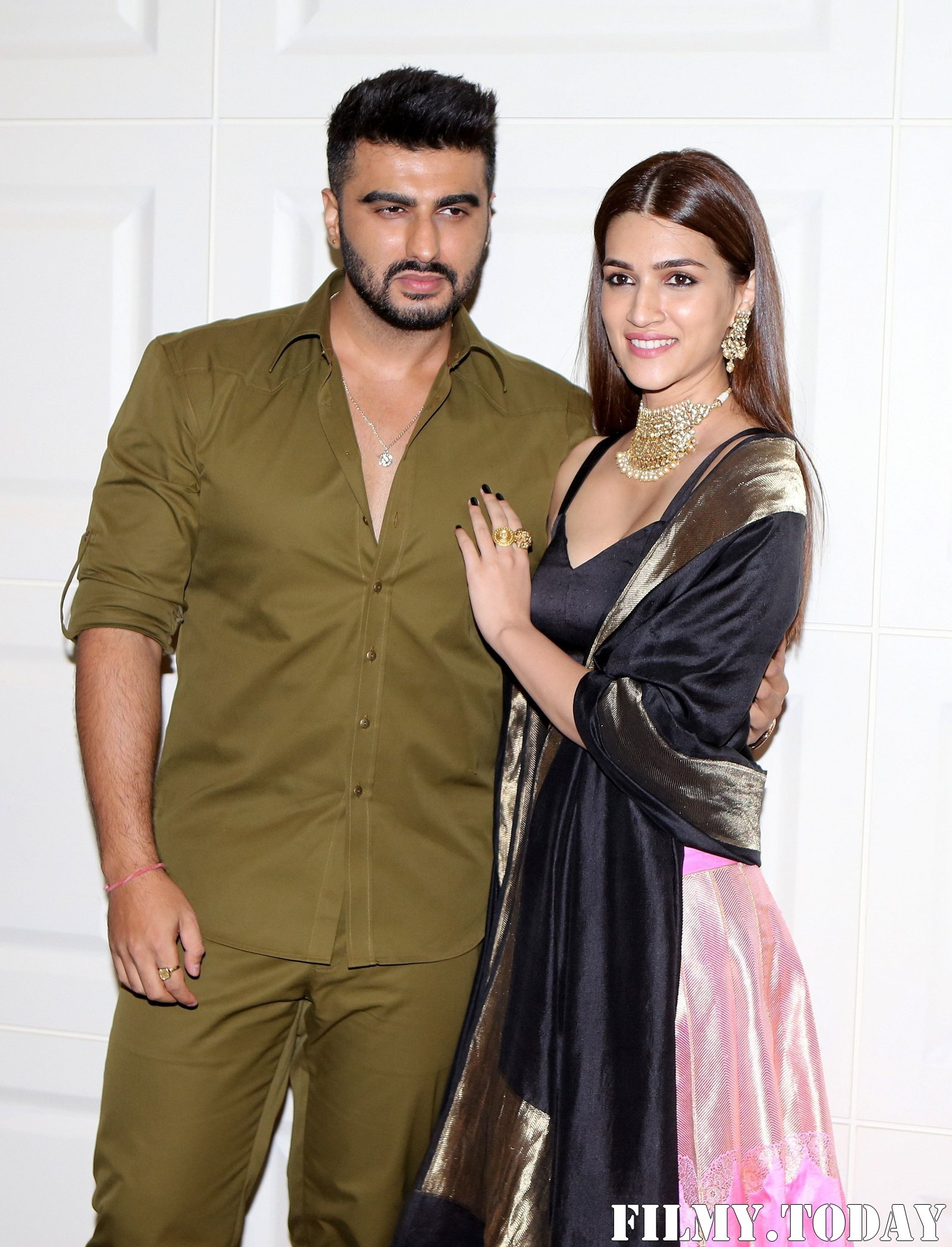 Photos: Trailer Launch Of Film Panipat At Indus Club   Picture 1696301