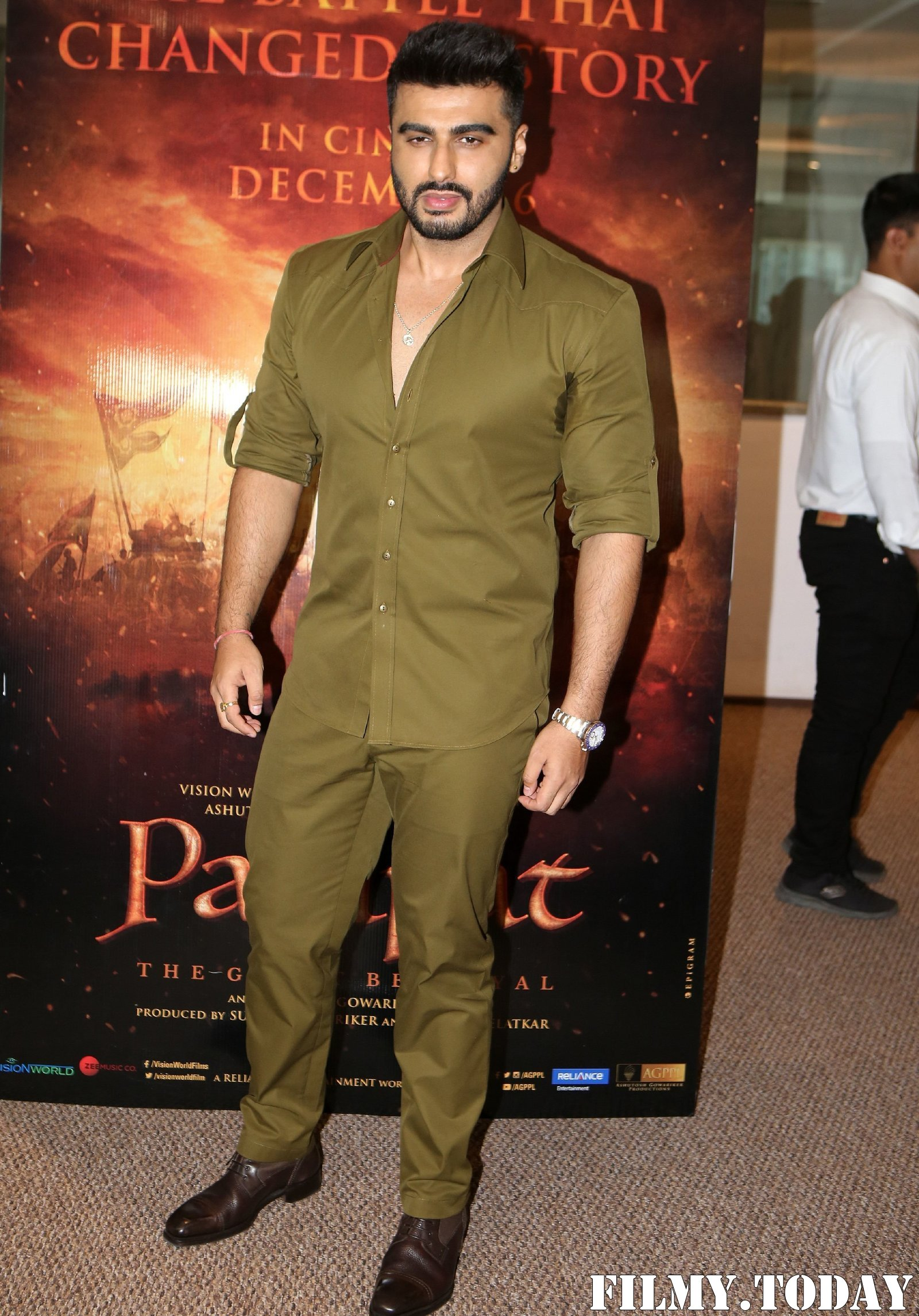 Arjun Kapoor - Photos: Trailer Launch Of Film Panipat At Indus Club | Picture 1696307